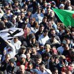 В Алжире оппозиционная партия призвала президента и правительство уйти в отставку