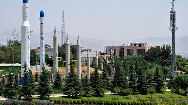 ВИране показали новейшую баллистическую ракету «Дизфуль»