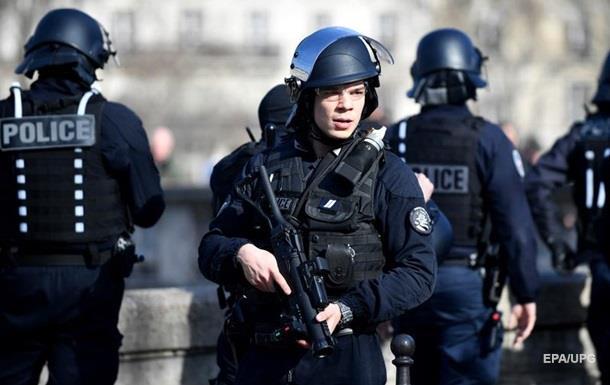 В Париже после отмены карантина резко выросла преступность
