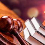Суд оставил еще на 3 месяца под стражей экс-главу ИВ