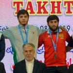 Азербайджанский борец стал чемпионом в Иране