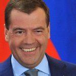 Медведев подписал указ о кругосветной экспедиции к Антарктиде