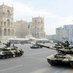 Расходы на оборону и безопасность в следующем году составят 4 млрд манатов