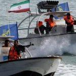 Иранские ВМС отразили атаку пиратов на нефтяной танкер