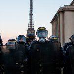 В Париже протестуют против социальной политики властей