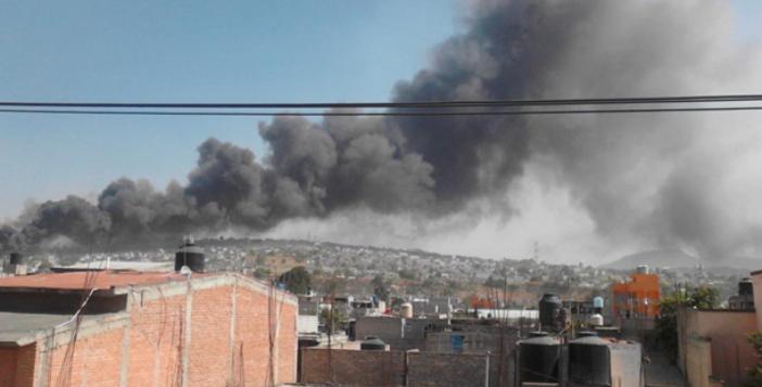Взрыв прогремел нарынке пиротехники вМексике