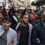 В Алжире студенты требуют отставки правящего режима и независимого правосудия
