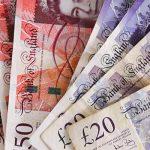 Выигрыш в лотерею разрушил жизнь девушке из Шотландии