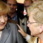 В возрасте 90 лет скончалась мать Ангелы Меркель