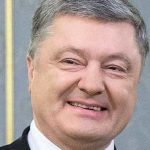 Порошенко начал дебаты с Зеленским без Зеленского