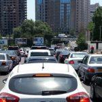 Между нищетой и богатством: кого в Азербайджане можно считать средним классом?