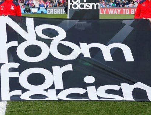 В Англии отец 10-летнего мальчика засудил за расизм клуб, заменивший его сына