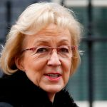 Разногласия с Мэй заставили лидера британской палаты общин подать в отставку