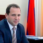 Глава минобороны Армении подал в отставку