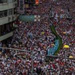 Более 1 млн человек вышли на акцию протеста в Гонконге