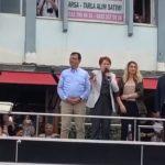 Кандидат от CHP Акрам Имамоглу проводит встречу с избирателями