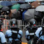 В Гонконге по делу о протестах задержали зампредседателя Демократической партии