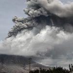 На острове Суматра в Индонезии произошло извержение вулкана