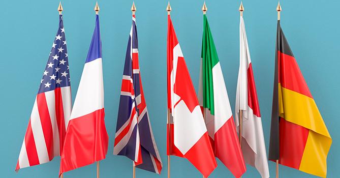 Страны G7 согласны на приостановку выплат долгов беднейших стран минимум до конца года