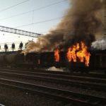 В окрестностях Баку загорелся железнодорожный вагон