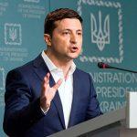 Зеленского просят ликвидировать должность языкового омбудсмена в Украине