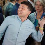 """Зеленский эмоционально ответил режиссеру из Армении, который обвинил его в """"поддержке"""" войны"""