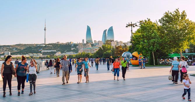 Население Азербайджана выросло более чем на 56 тыс. человек