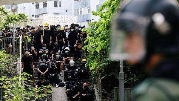 В Гонконге назвали любые санкции США против города «обоюдоострым мечом»