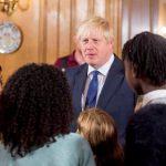 Премьер Великобритании рассказал, что хотел стать рок-звездой или владельцем торговой сети