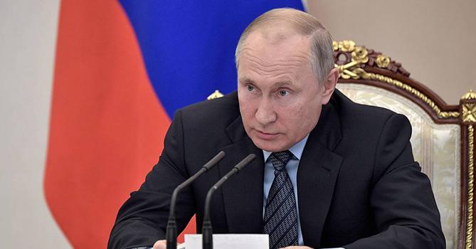 Путин минимум еще неделю будет работать дистанционно