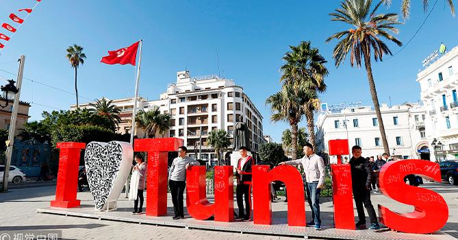 Парламент Туниса одобрил новое коалиционное правительство