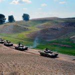 Продолжаются широкомасштабные учения Азербайджанской армии