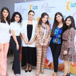 Супер мамы: как и кто в Баку облегчает жизнь беременным женщинам
