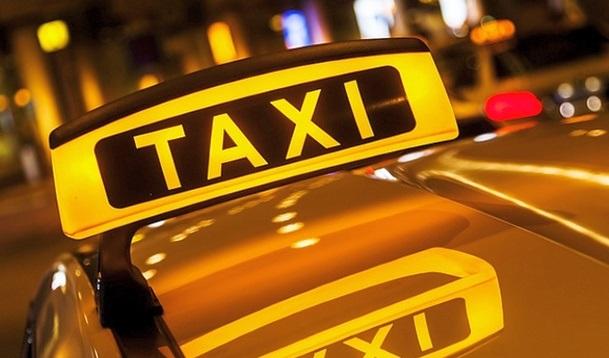В Азербайджане такси могут работать лишь при наличии знака отличия и прозрачных перегородок