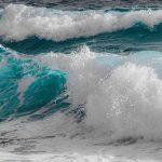 МЭПР: Высота волн на Каспии достигла 5 метров