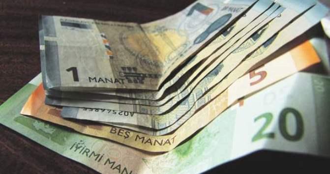 Официальная статистика выявила падение зарплат в текущем году
