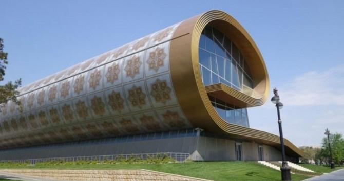 Азербайджанский музей поддержал Италию