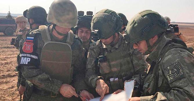 Россия и Турция провели тренировку в Сирии
