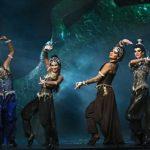 Элегантная восточная сказка для взрослых: артисты из России привезли бакинцам три знаменитых спектакля