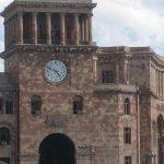 В Армении арестовали замминистра образования за взятки