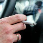 Более 200 водителей автобусов наказаны за курение за рулем
