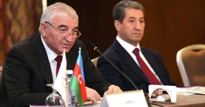 Мазахир Панахов обратился к партиям, желающим участвовать в выборах