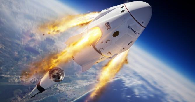 Погода помешала: Маск не запустил астронавтов