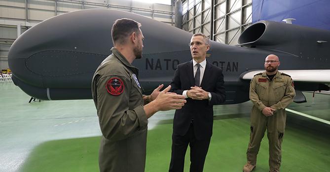 Йенс Столтенберг: «Новая система воздушной разведки НАТО позволит заглянуть в глубь России»
