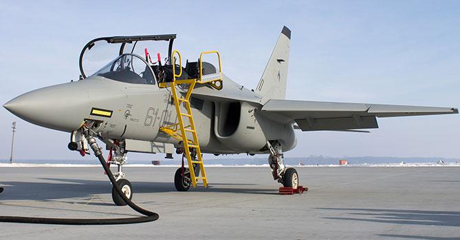 Азербайджан купит у Италии военные самолеты