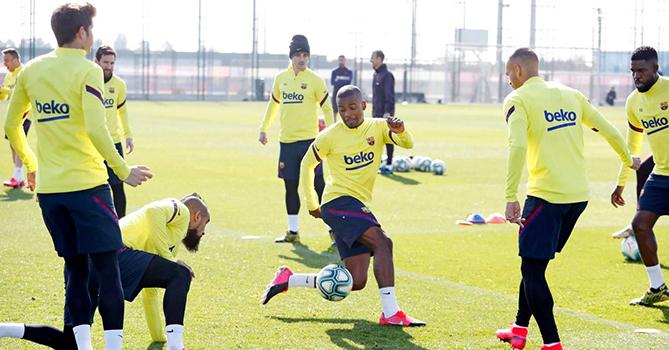 По прибытию в Неаполь игрокам «Барселоны» измерят температуру