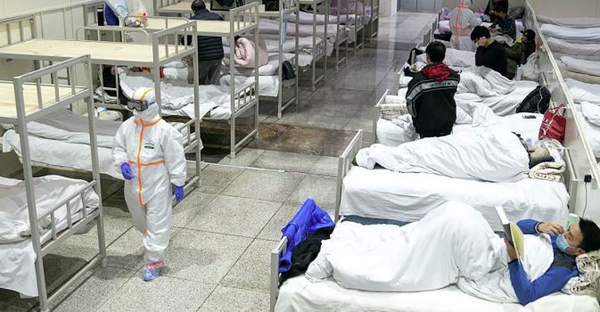 Число погибших от коронавируса превысило 70 тысяч