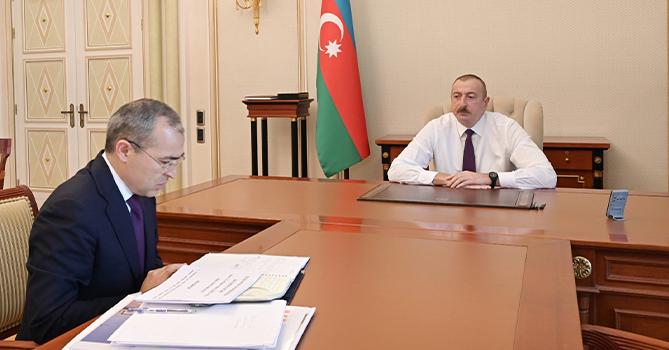 Ильхам Алиев: «В ближайшие дни планируется реализация широкого экономического пакета»