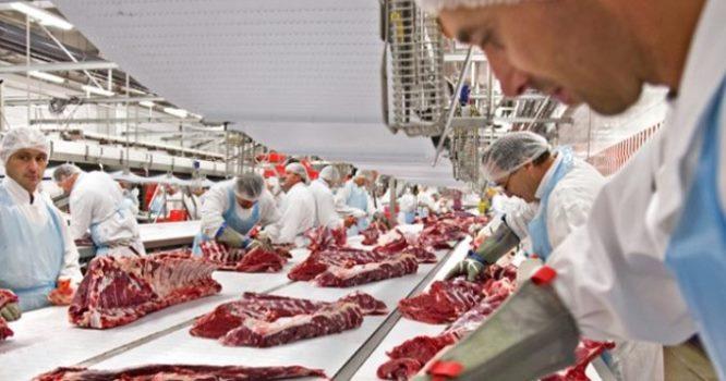 Эпидемия коронавируса негативно отразится намясной промышленности страны