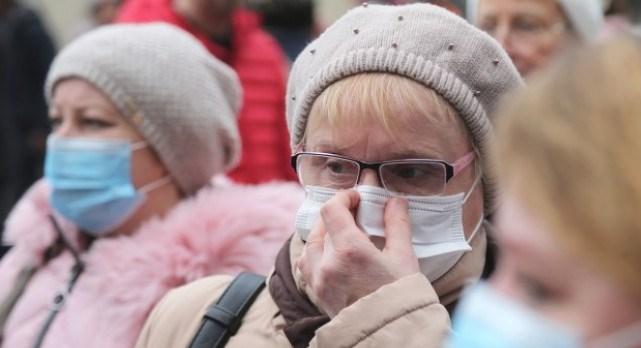 Израильский профессор: маски на улице бессмысленны